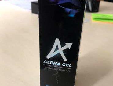 Упаковка Альфа геля на столе.
